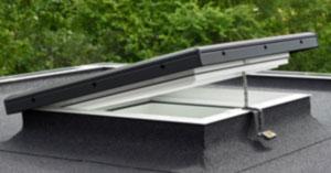Installation De Fenêtre De Toit Cabuzel Couverture Couvreur à Amiens